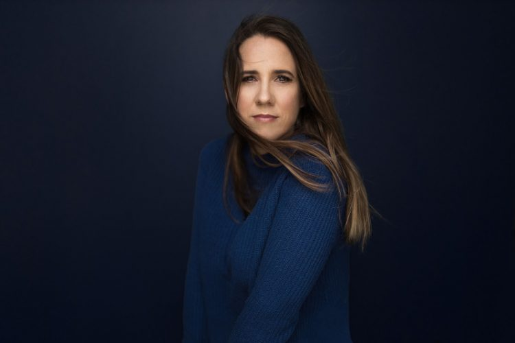 Leanne Tennant's song 'Overthinker' is a thoughtful ode