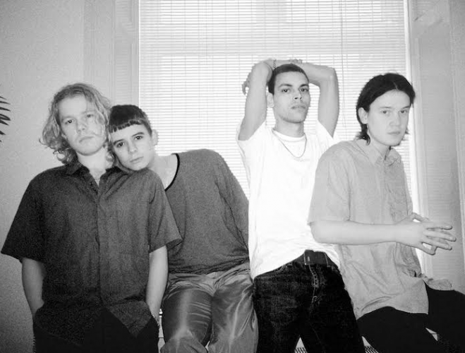 Band Liss  release dance pop anthem 'Leave Me On The Floor'