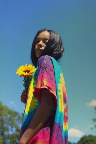 Indie pop producer TSHA & singer Gabrielle Aplin collaborate on song 'Change'