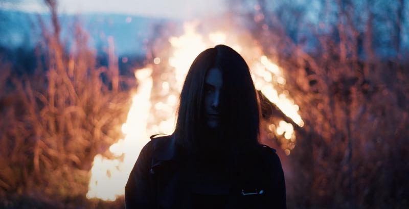 Synth-pop singer MØAA announces EP Euphoric Recall